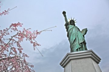 A smaller version of Lady Liberty exists in Odaiba