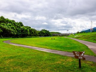 The 18 hole park golf course is popular on weekends and is another great example of free recreation activities on offer in Kutchan