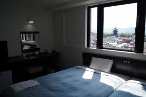 Twin room with view to the Toji Temple