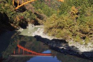 从井川线列车上看到的桥