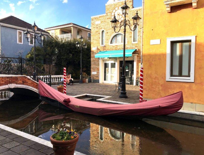 Not Venice, but Tokyo!
