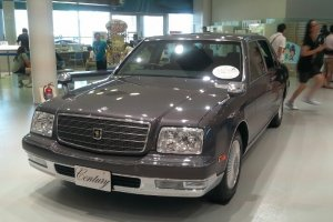 마치 옛날 시대의 자동차 같아요! 특이한 자동차들도 많답니다.