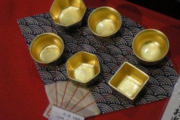 Kanazawa haku gold leaf, Ishikawa prefecture