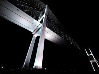 長崎ヴィーナスウィング (女神大橋) は長崎の新ランドマーク