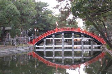 The famous drum bridge at Sumiyoshi Taisha Grand Shrine
