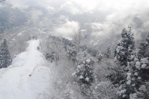 Pemandangan musim dingin di Yuzawa.
