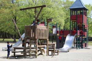 Free playground at Nasunogahara Park, Nasu-Shiobara, Tochigi.