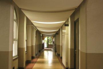 教学楼内走廊