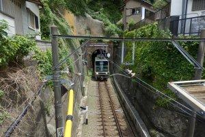 Enoden tunnel near Gokurakuji Station