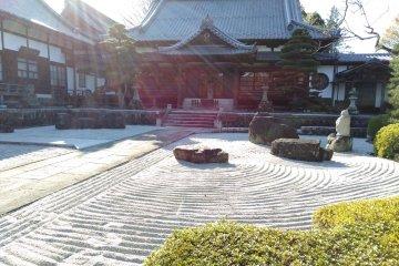 Shon-ji Temple sand garden