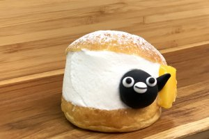 The Suica Penguin features on a number of the dessert offerings