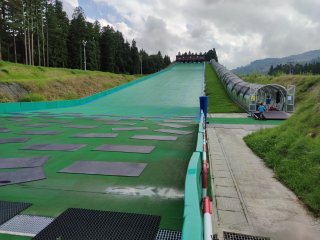 The outdoor tubing park