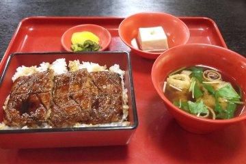 Fake eel on rice