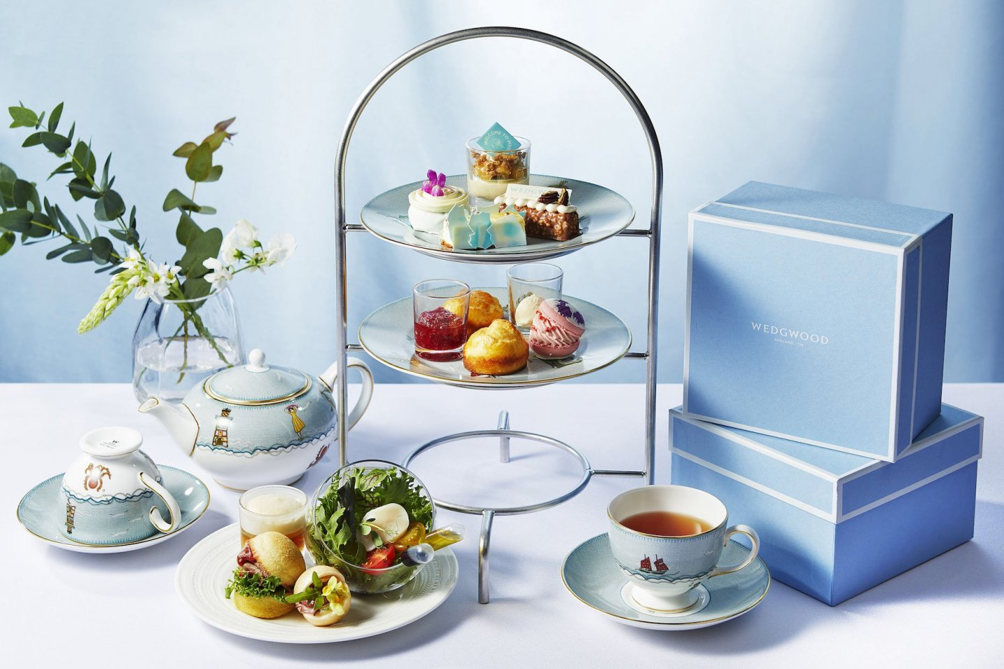 The event incorporates Wedgwood pottery and a range of English-inspired dishes