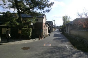 Street leading to Yakushiji from Toshodaiji, signposted on corner