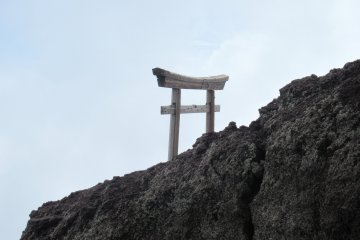 Тории на Фудзи-сан