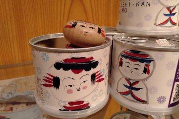 """""""Kokeshi Can"""" are irresistibly cute"""
