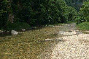 Kuribara River: beautiful clear water