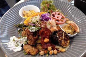 Vegeto LIKO Vegan Café & Restaurant in Sendai