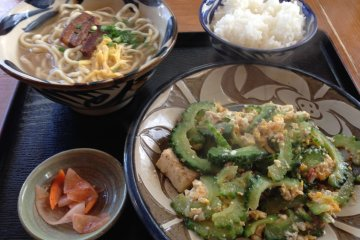 <p>Goya chanpuru and Okinawan soba set with rice</p>