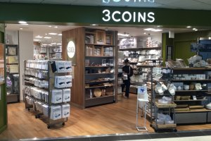 3 Coins storefront
