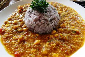 The daily curry - a slightly spicy chickpea curry
