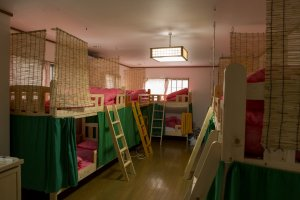 The mixed dorms are slightly larger at Tomato Hostel Osaka