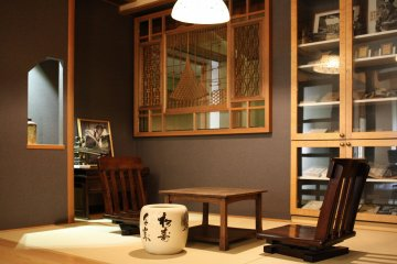 <p>ห้องพักจำลองของโอซามุ ดาไซ</p>
