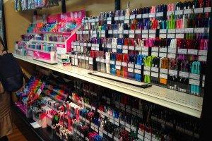 제품력을 세계에서 인정받고있는 일본의 필기구들. 다양한 종류가있다.