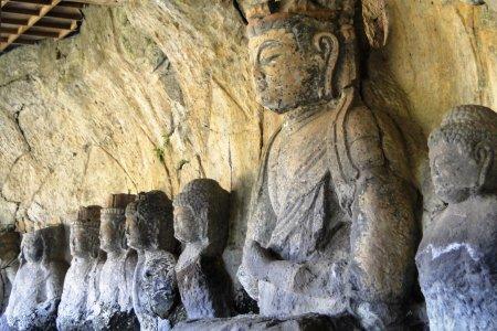 Những pho tượng phật ở Usuki