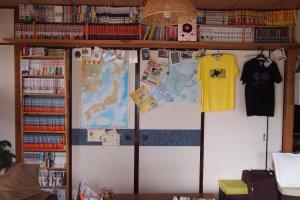Barisan manga juga tersedia untuk bacaan ringan