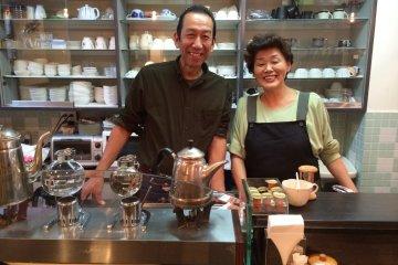 Pot Luck Café in Yokosuka