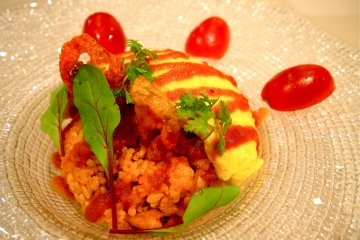 """Uni Farm """"Egg of life"""" Omurice: Using only the freshest free-range eggs, and tomato sauce made in Yubari City, this omurice is delicious and healthy!"""