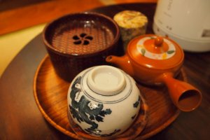 The room also comes with a tea set, which has English instructions on how to enjoy Japanese tea.