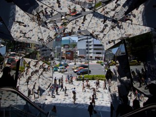 The new Tokyu Plaza, right on the corner of Omotesando and Meiji-dori, opened in April 2012. Apart from its incredible entrance covered with mirrors, don't miss the garden on the top floor, as it's at least as incredible as is the entrance.