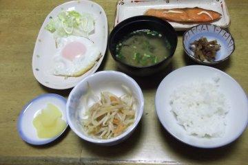 อาหารเช้าในเช้าวันที่สอง