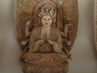 รูปปั้นของ Bato Kannon Bosatsu