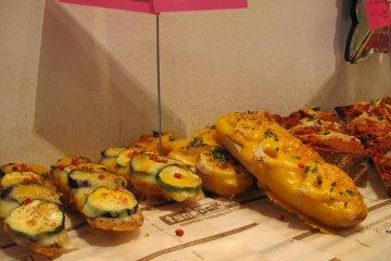 다양한 향긋한 야채빵
