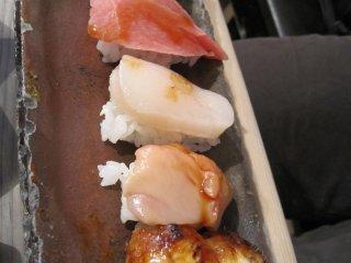 """""""Sushi mê cung""""- phần sushi 5 miếng theo mùa"""