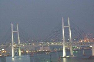 منظر رائع من الغرفة لجسر خليج يوكوهاما