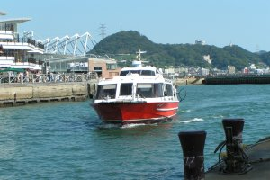 Speed boat bound for Ganryu-jima. It only takes a few minutes from the port of Shimonoseki
