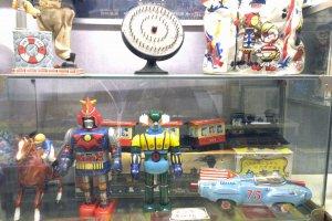 More vintage toys.