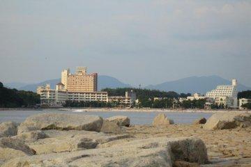 Shirahama Beach from Saki-no-Yu