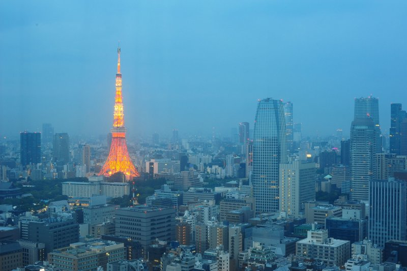 <p>Tokyo Tower view from the hotel room&nbsp;early in the morning</p>