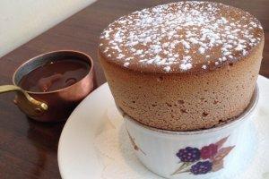 Chocolate Souffle ช็อคโกแลตซูเฟล่ฟูฟ่องหน้าตาน่าทานเป็นยิ่งนัก