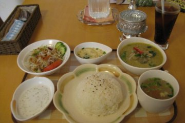 Green Curry - Lunch Special.