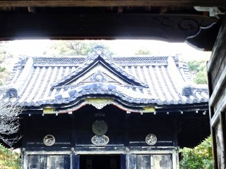 Small temple along the path