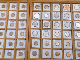 ここでは古い硬貨も売っている。コイン収集家ではないので今まで買ったことがなく、ゆえに本物かどうかも分からない