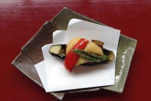 茄子の田楽 鴨肉 อาหารชุดที่ 5 มะเขือม่วงและเนื้อเป็ดย่าง