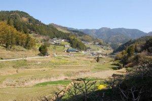 Ishidatami pada awal musim semi